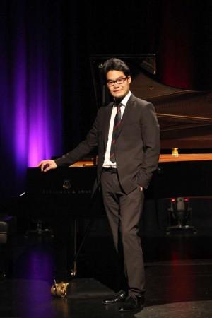 Tony Lee proud to win Aust National Piano Award 2016